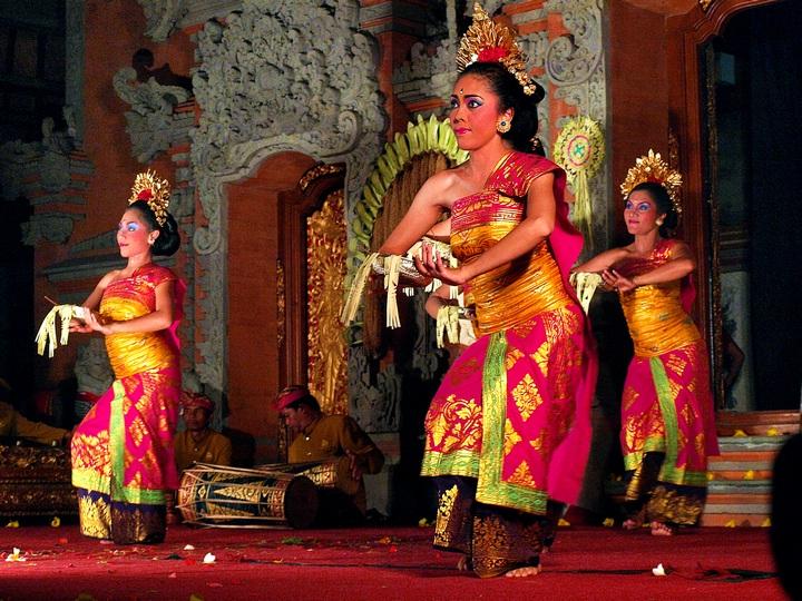 Балийские танцы