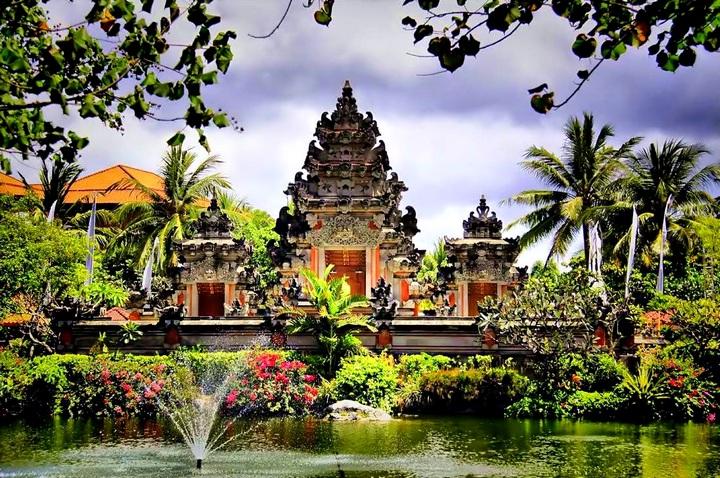 Убуд - город храмов